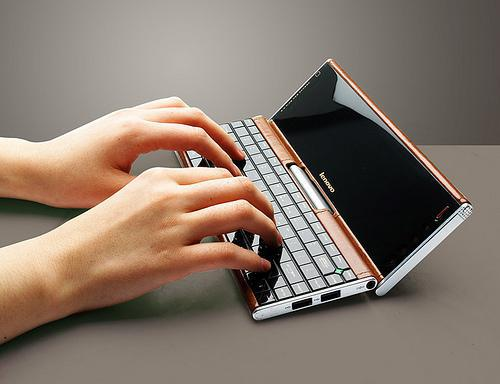Tags lenovo lenovo pocket yoga netbook twitter facebook google