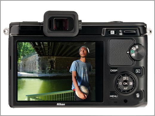 Panasonic siap Hadirkan Kamera Kompak LX8 yang Mempunyai Kemampuan