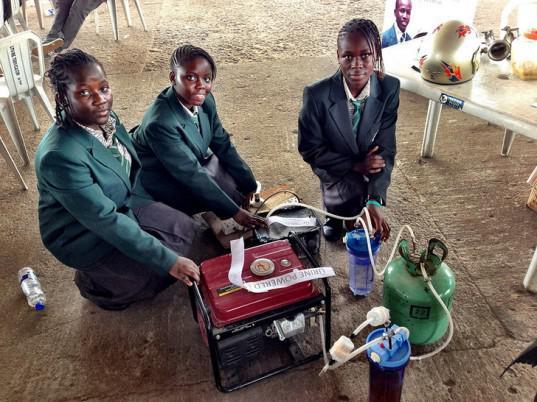 http://asalasah.blogspot.com/2012/11/remaja-afrika-membuat-generator-listrik.html