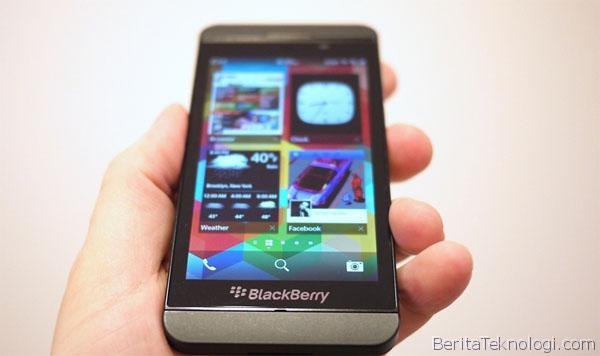 BlackBerry Z10 Full Touchscreen tak Laku, Bikin Perusahaan Merugi 9.6 Triliun Rupiah