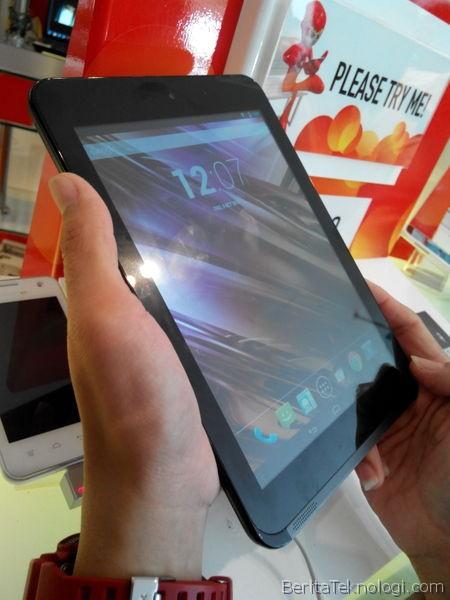 Infotek: Tablet Smartfren Andromax Tab 8.0 dengan Prosesor Dual Core 1.5GHz Resmi Dibanderol 2.3 Juta Rupiah