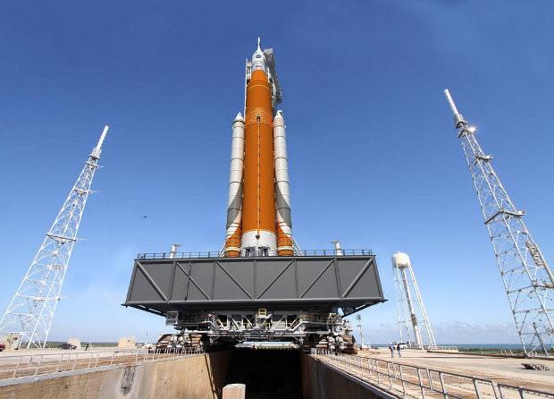 Space Launch System (Kredi: NASA)