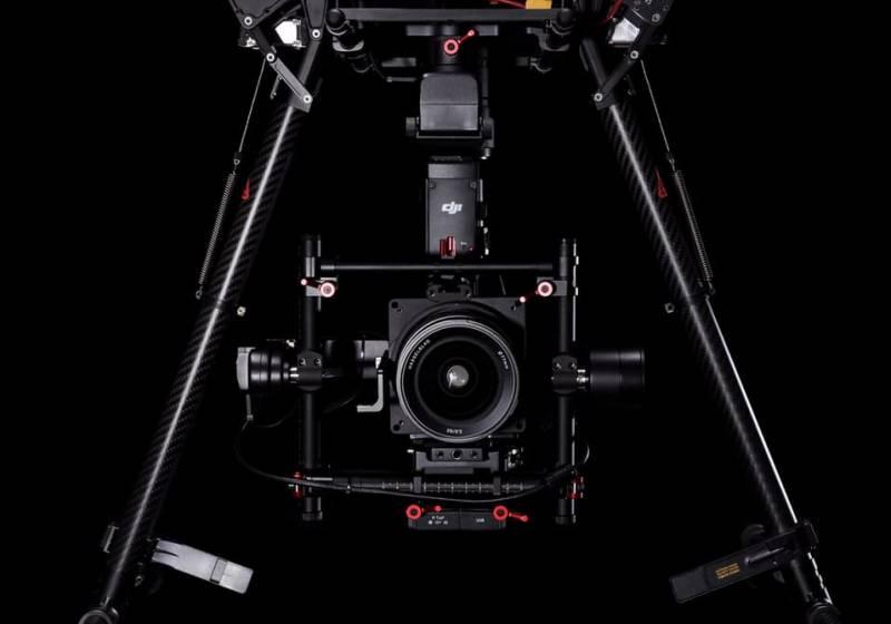 Kamera Hasselblad A5D yang terpasang pada drone (kredit: DJI)