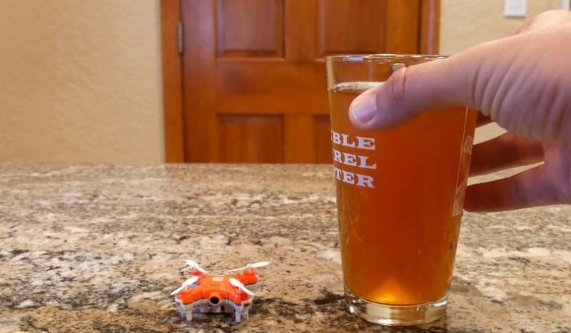 drone mungil Skeye Nano Drone (kredit: DigitalTrends)