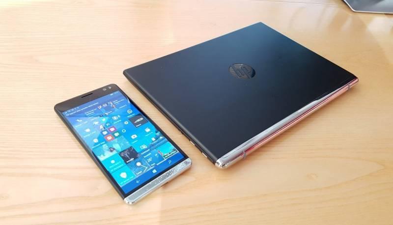 Perangkat HP Elite x3 dengan HP Mobile Extender (Kredit: MSPoweruser)