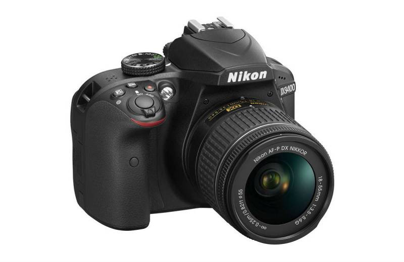 Nikon D3400 - 2