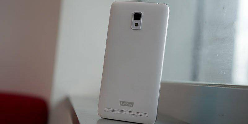 Lenovo A6600 Plus tampak belakang (Foto: Droidlime)