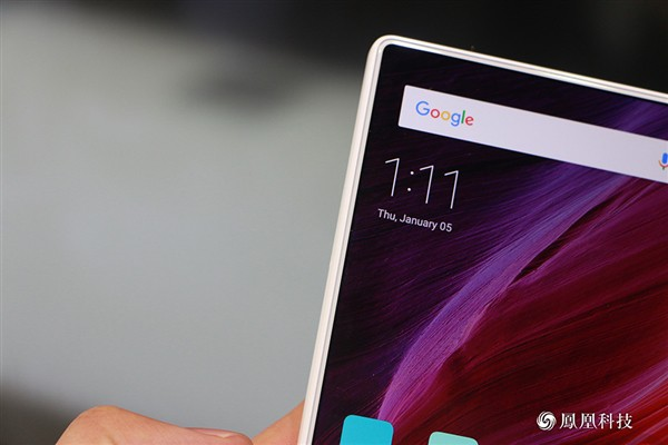 xiaomi-mi-mix-pearl-white-edition-11