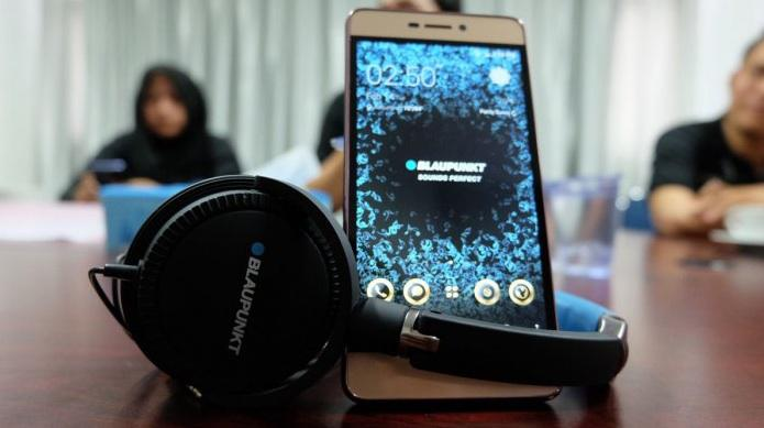 blaupunkt-s2-gratis-headphone