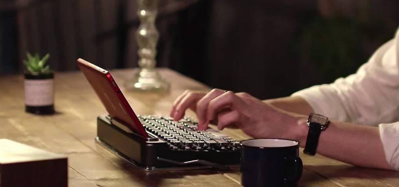 penna-keyboard-bluetooth-retro-mesin-tik